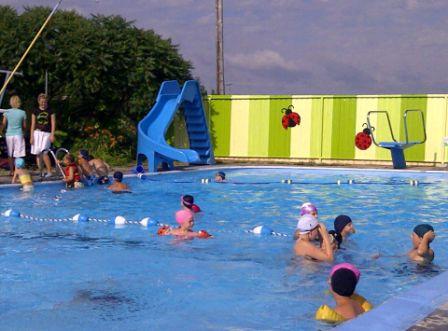 M tabetchouan lac la croix piscine publique ext rieure for Camping a quebec avec piscine